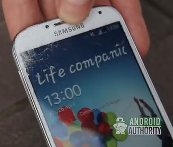 iPhone 5 vs Samsung Galaxy S4 – победа за iPhone 5